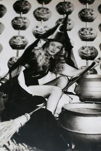 Veronica Lake in a Halloween, 1940 or 1950